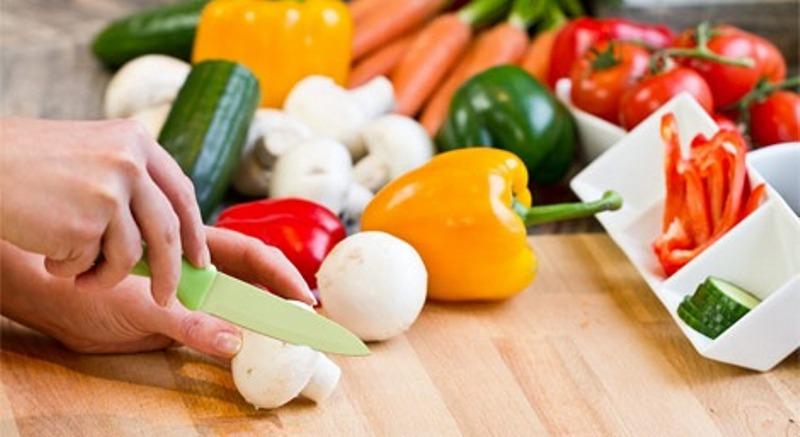 Realizan concurso para personas con discapacidad sobre for Cocina saludable