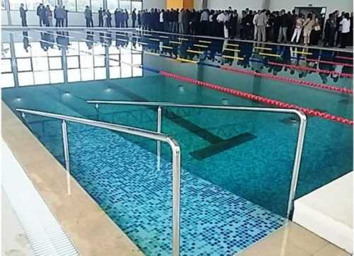 El martes quedar inaugurada la piscina techada de cerro for Follando el la piscina