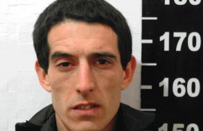 Delincuente poseedor de varios antecedentes otra vez a prisión por robo de moto
