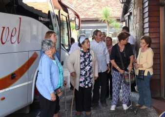 Adultos mayores de Aiguá participaron en primera salida organizada por la IDM