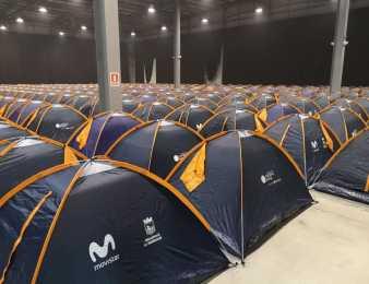 ¿450 carpas en el interior del Centro de Convenciones?. Sí, durante Campus Party Uruguay